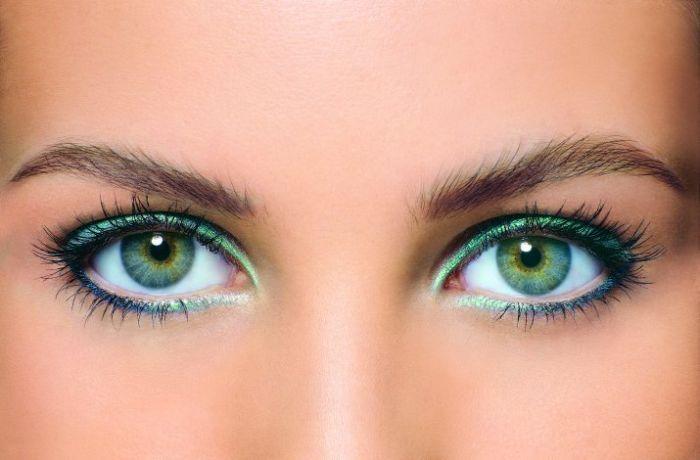 Глаза так же красноречивы, как и губы.