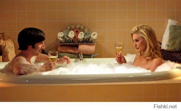 Красивую женщину хочется напоить, а с некрасивой - напиться
